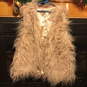 Jackets & Blazers - fuzzy vest